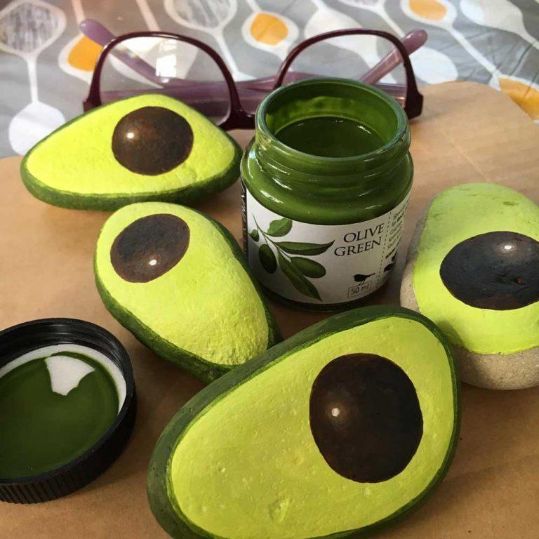Painted avocado rocks step 07