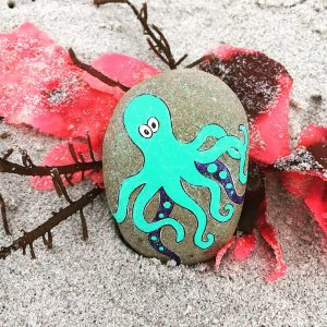 Octopus in the sand