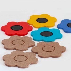 Small wooden cut-out flowers (6.5cm diameter)