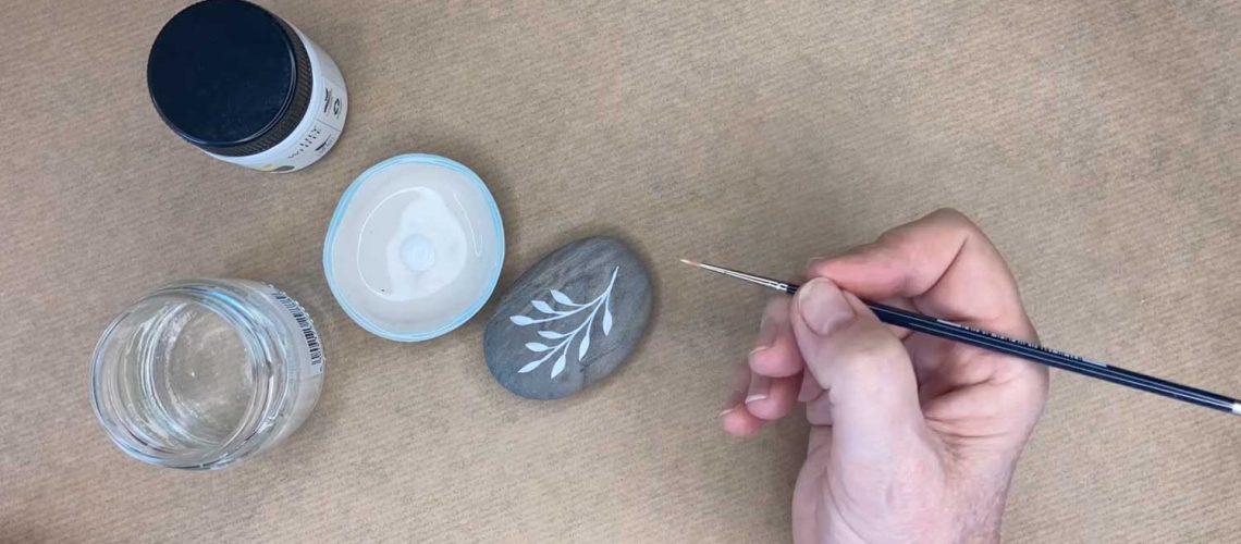 paint a rock